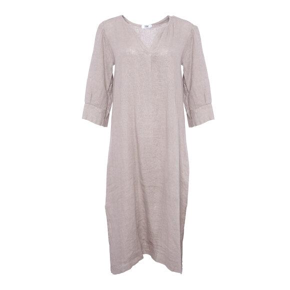 TIFFANY - NOUGAT DRESS LINEN